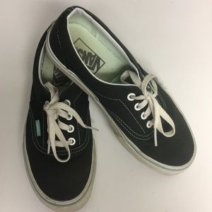 Vans Off the Wall Lace up Sneakers